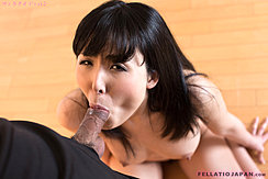 Yokoyama Natsuki Sucking Spent Cock On Her Knees Nude