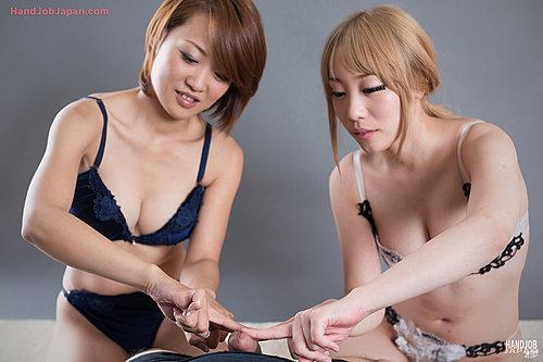 Mashiro Airi & Kuroki Ayumi