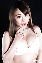 Kawagoe Yui in bra big breasts